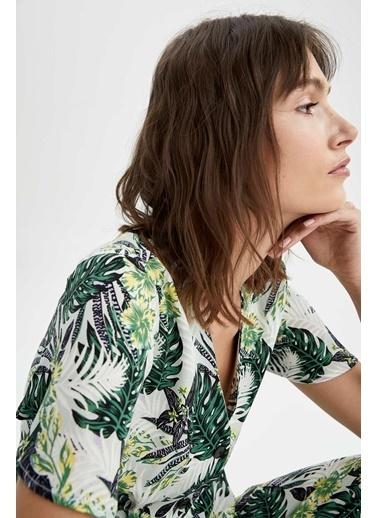 DeFacto V Yaka Kelebek Kollu Bluz Yeşil